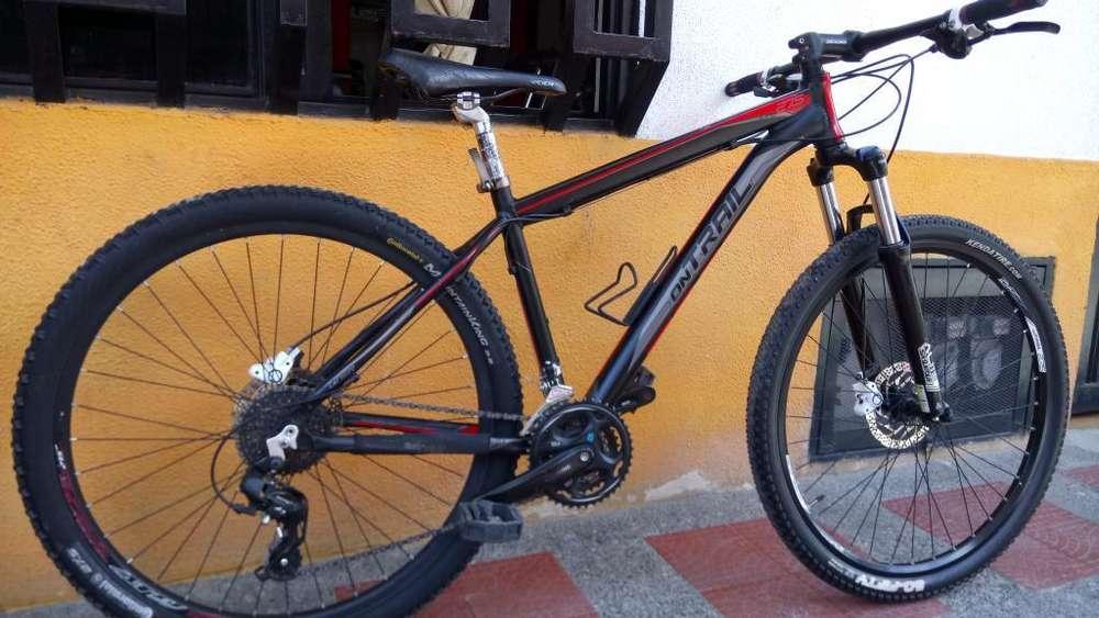 Bicicleta MTB Ontrail 780.000