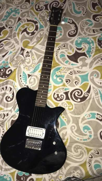 Guitarra Electrica (First Act)
