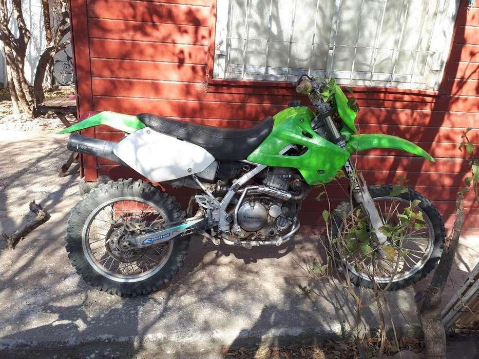 Kawasaki Klx 650 Cilindrada