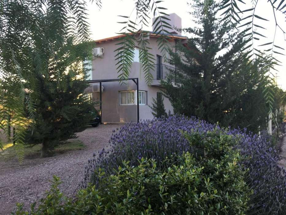 sa95 - Cabaña para 2 a 4 personas con pileta y cochera en Valle Grande o Cañon del Atuel