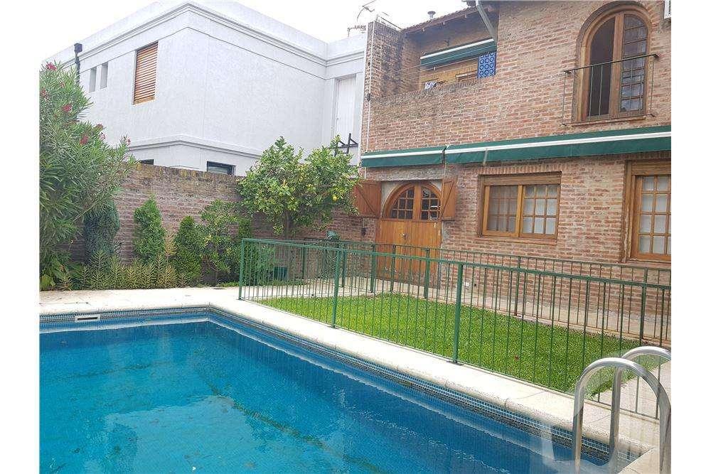 Casa 4 ambientes Barrio Las Carreras - San Isidro