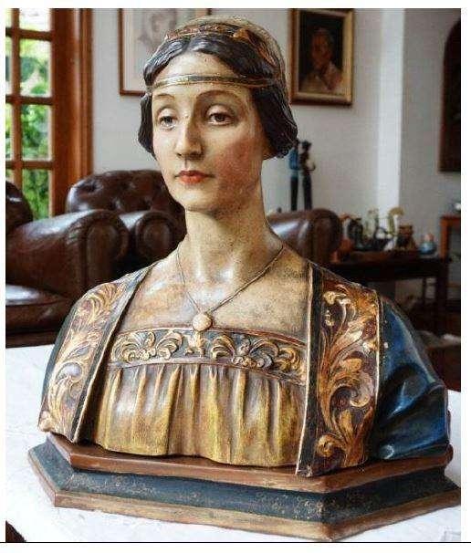 Busto de mujer estílo renacentista