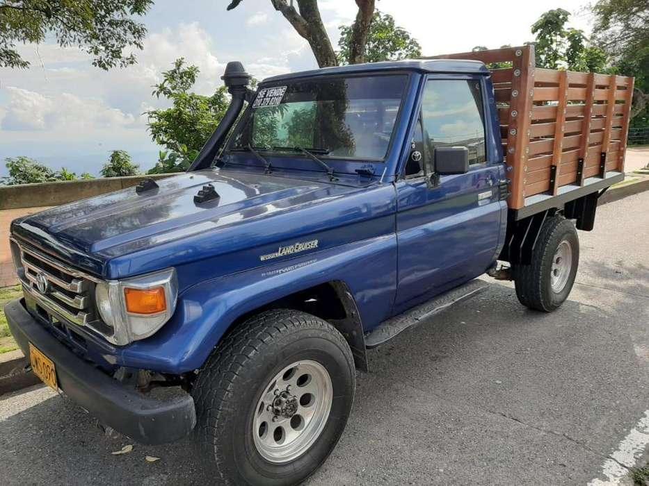 Toyota Land Cruiser 1999 - 217000 km