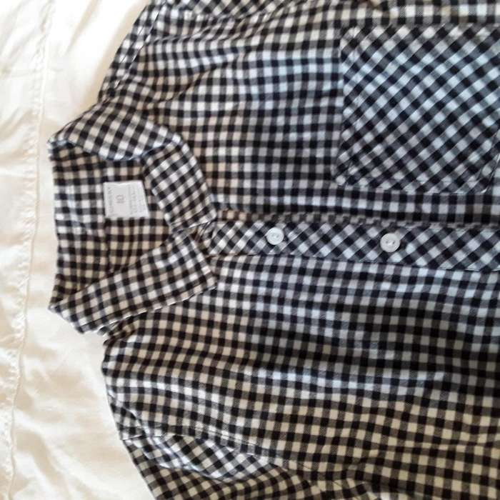 Camisas de Cheeky y de Weak Meak Talle 10