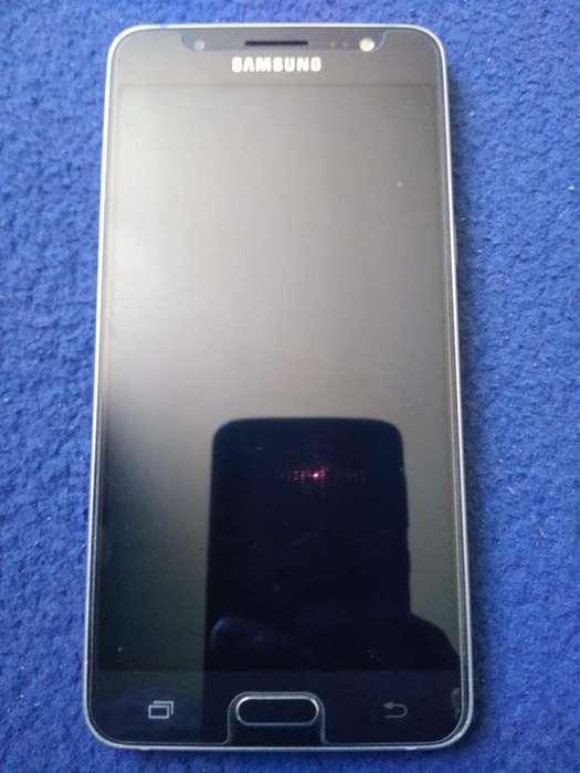 Samsung J5 S/. 99