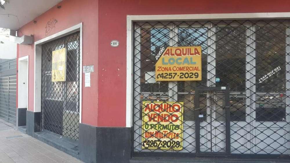 Alquilo local en Bernal Centro- Importante esquina - Usos Múltiples