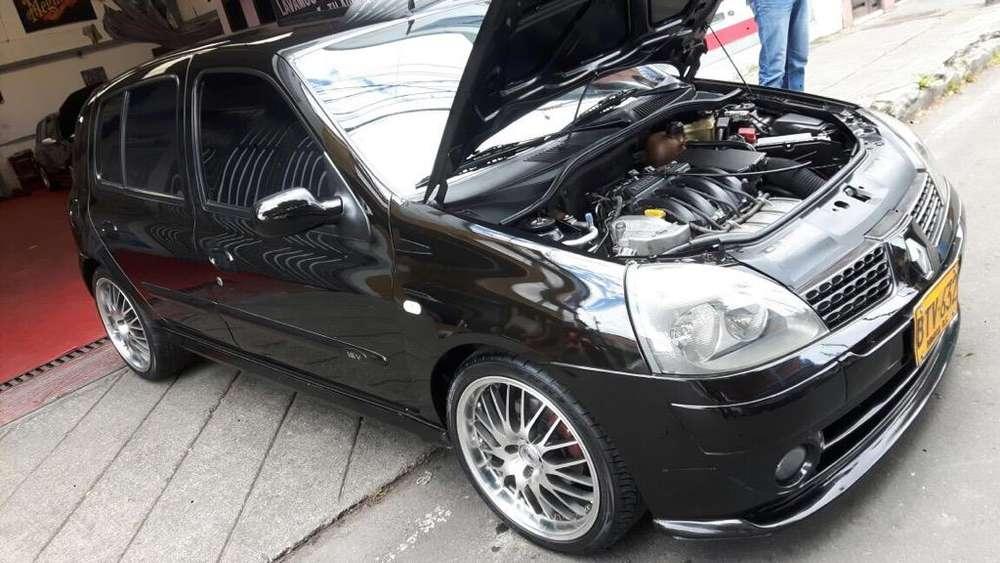 Renault Clio  2006 - 117500 km