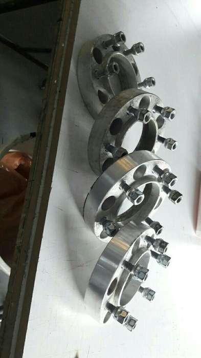 Vendo Separadores de Hilux de 30mm