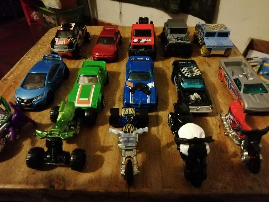 Hot Wheels Originales sin Blister
