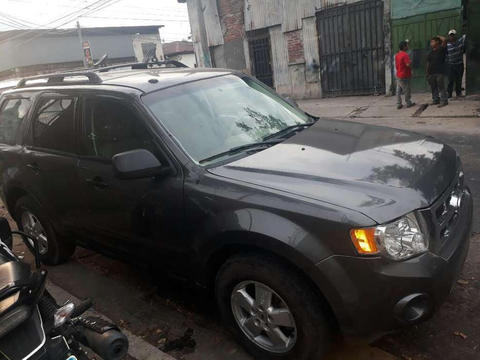 Ford Escape 2011 - 92000 km