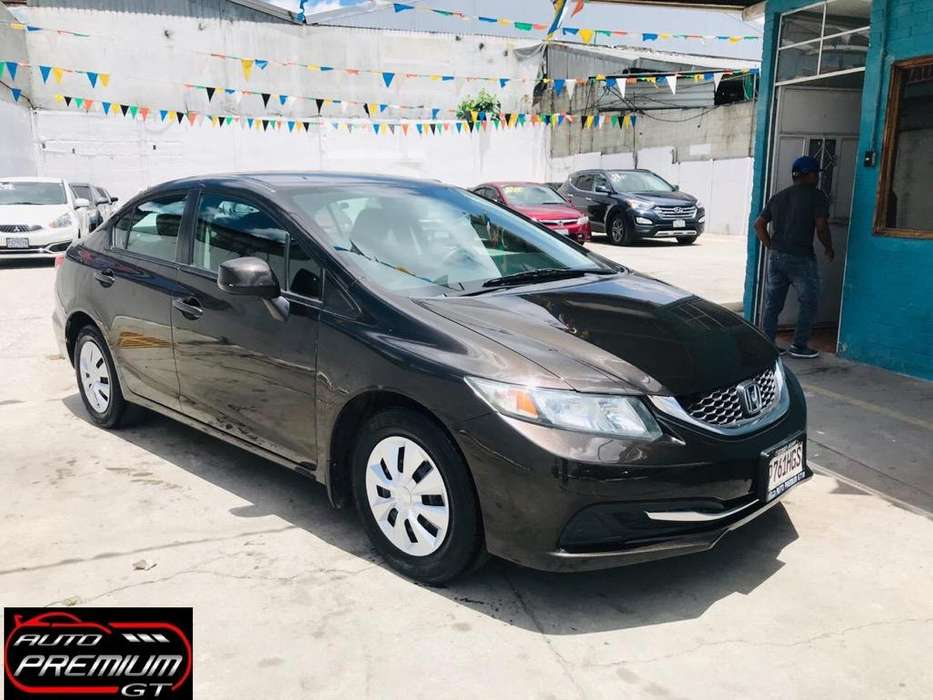 Honda Civic 2013 - 68000 km