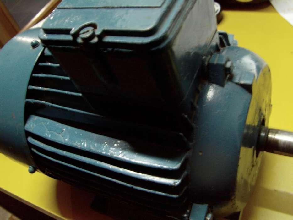 Motor trifasico de 1 hp de 2800 rpm