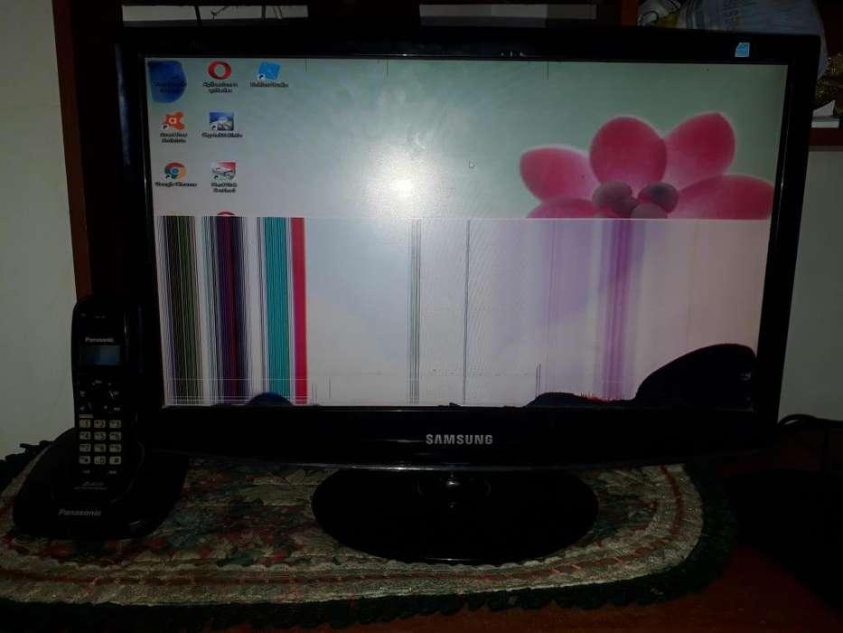 Monitor Samsung Syncmaster 2033, 20 Pulgadas Pantalla Rota