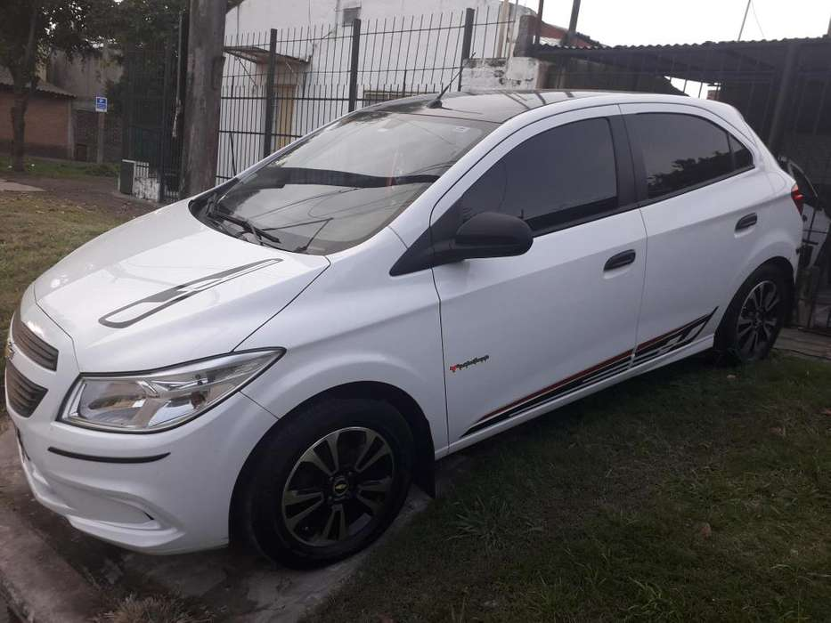 Chevrolet Onix 2013 - 61800 km
