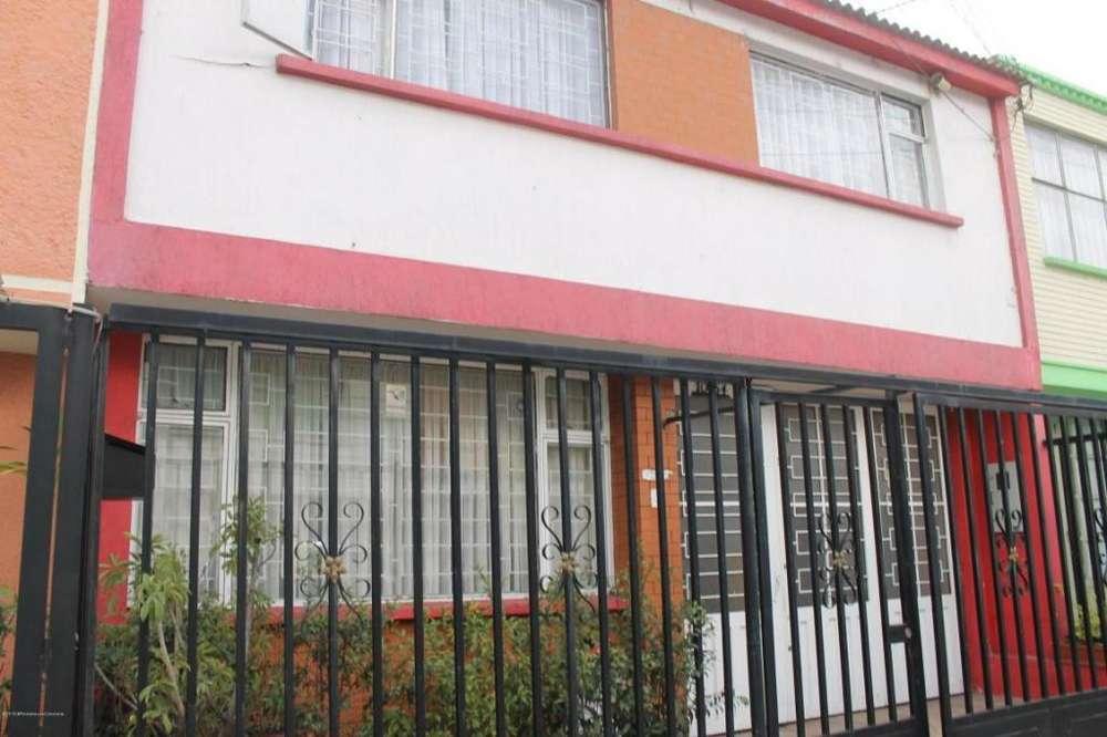 Casa en Arriendo Liberia(Zipaquira) RAH CO:19-788 - wasi_1314484