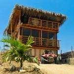 SE VENDE HERMOSO HOTEL Y TERRENO EN MANCORA - a 6 minutos de la playa