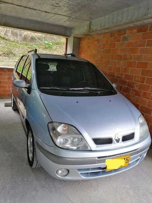 Renault Scenic  2007 - 105000 km