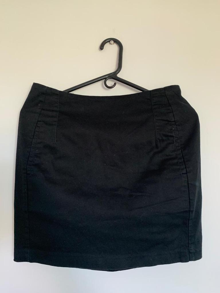 Falda Negra Talla 8