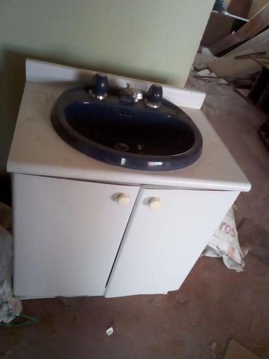 Se Vende Lavamanos con Base