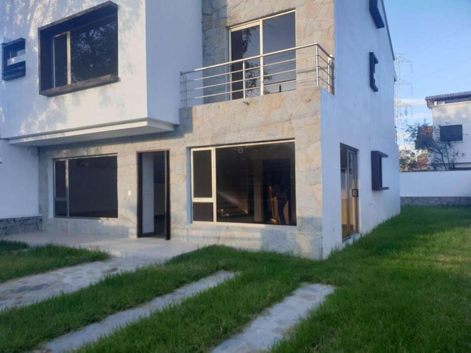 Casa/En alquiler/Sector Challuabamba