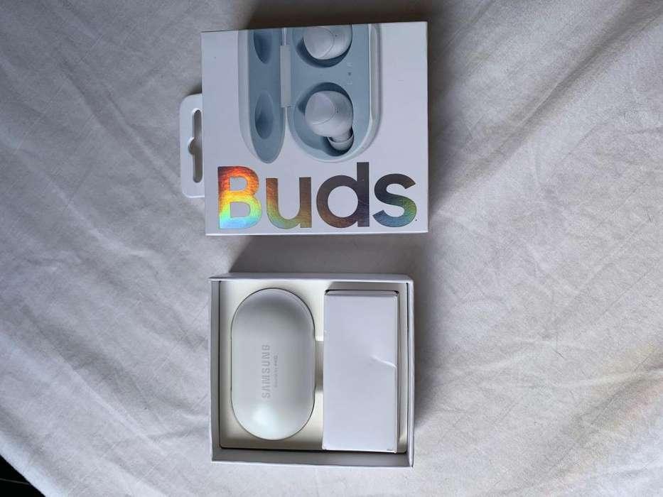 Samsung Galaxy buds Blancos (Usados)