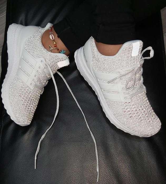 Zapatillas Adidas Ultrabost Cristal Dama Domicilio Cali
