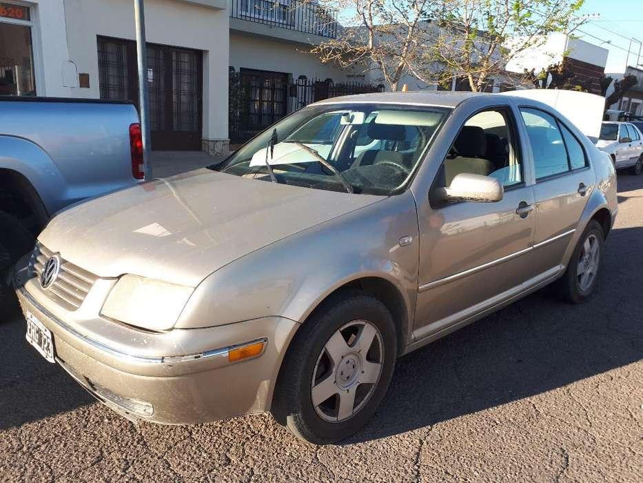 Volkswagen Bora 2004 - 310000 km