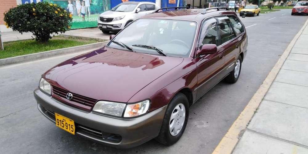 Toyota Corolla 1999 - 150000 km