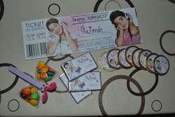 Invitaciones y souvenirs personalizados
