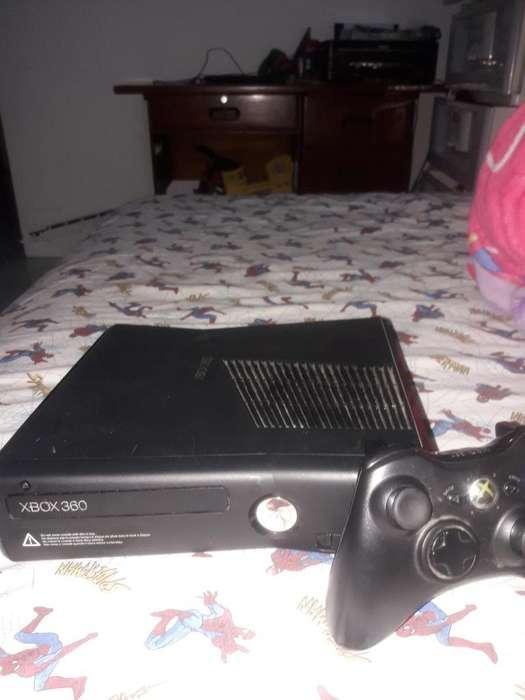 Se Vende Xbox 360 Chipea con Un Control