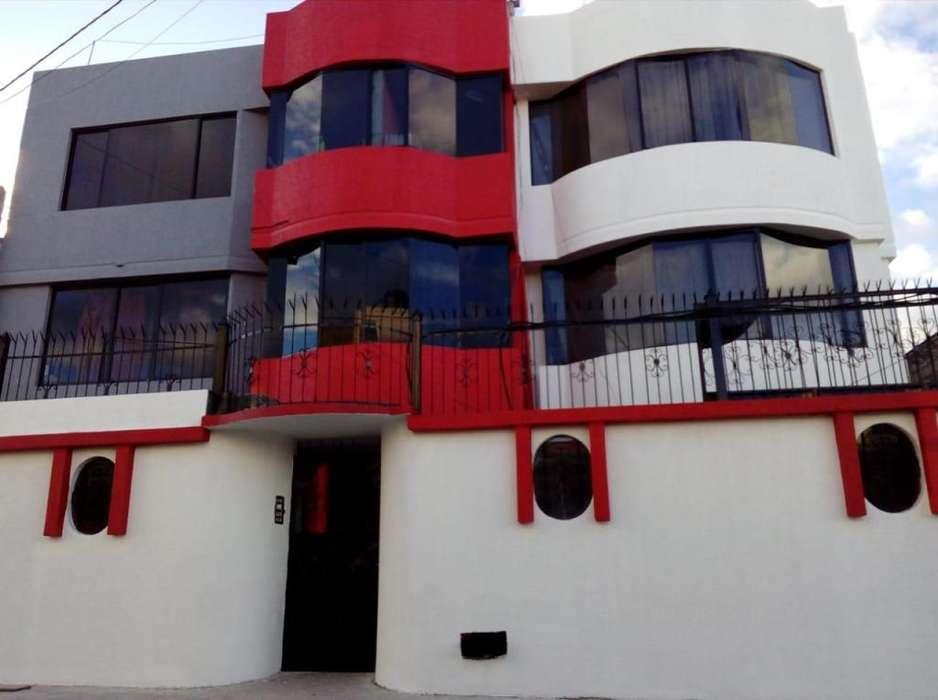 Huachi Chico - Arriendo cuarto con baño privado para estudiante o persona sola
