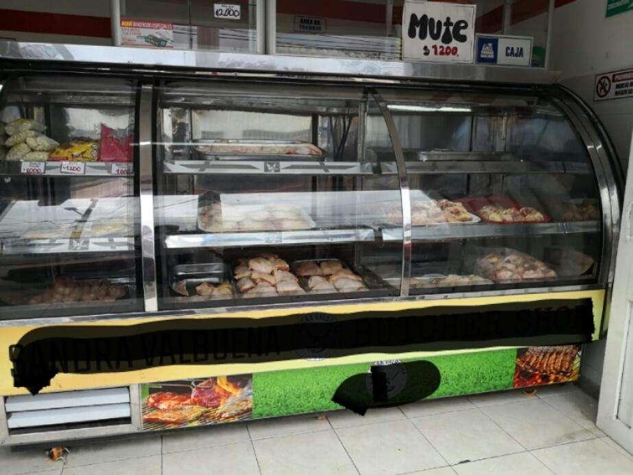 Se vende expendio de carnes