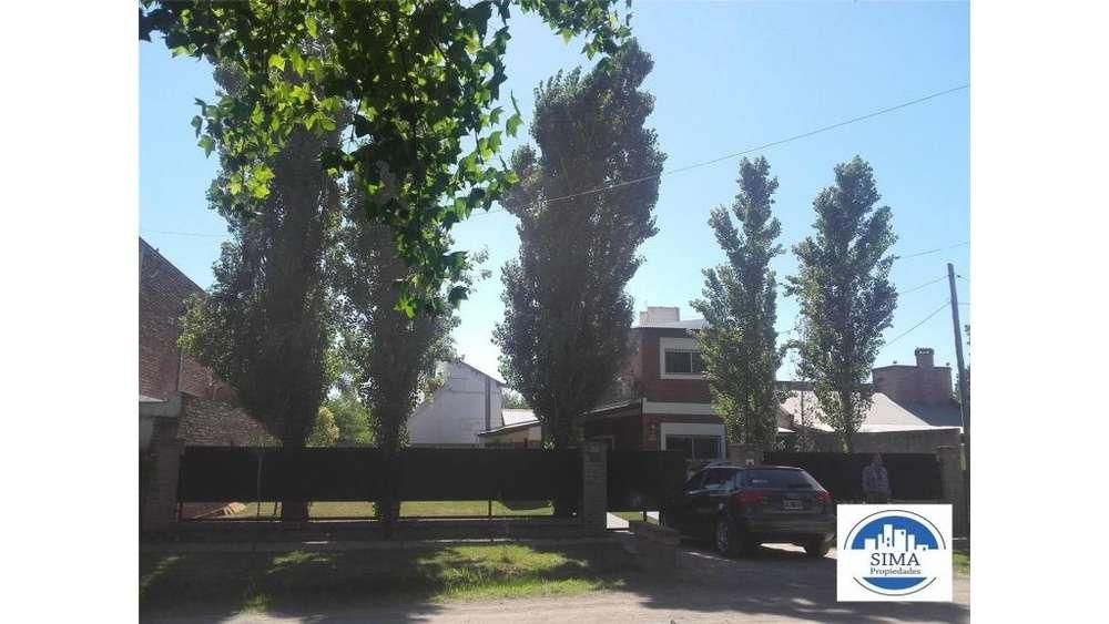 Gral Lopez 2400 - UD 155.000 - Casa en Venta