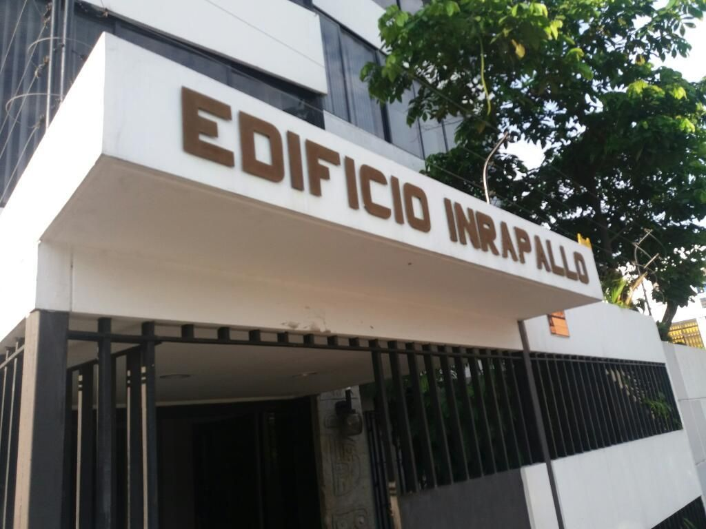 Edificio de Oficinas Av Fco Orellana
