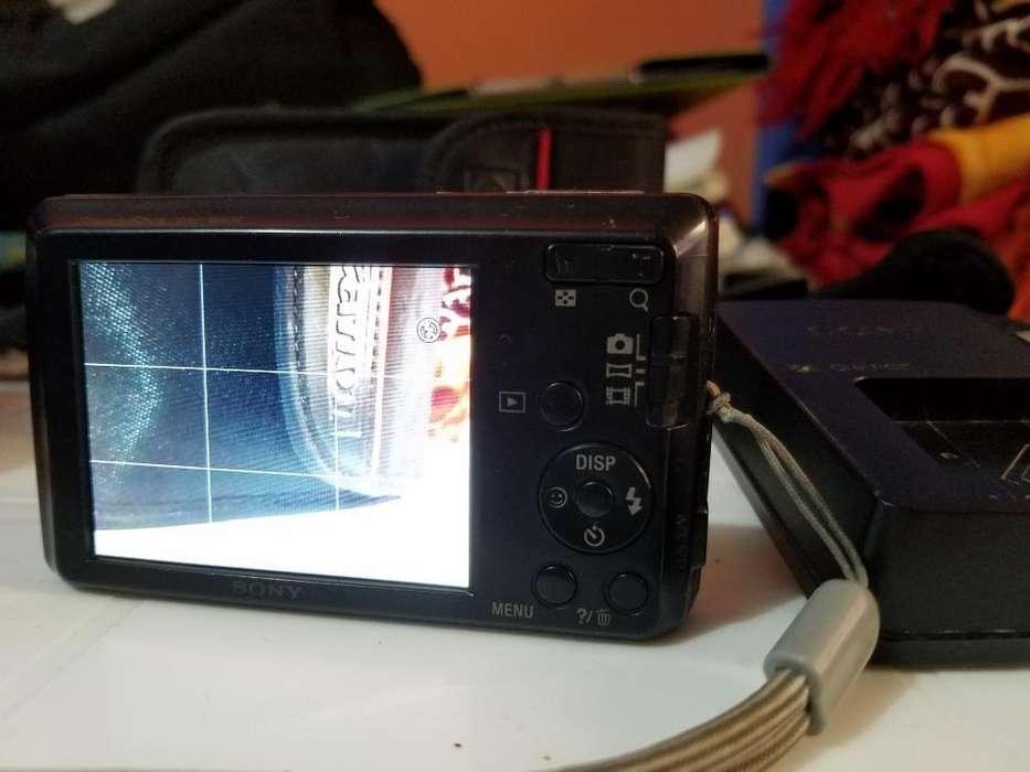 Camara Sony de 14.1 Mpx 10/10