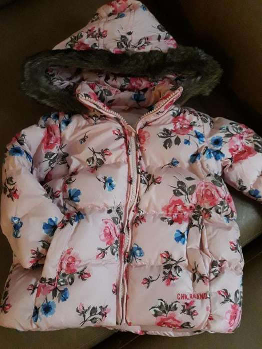 Campera <strong>cheeky</strong> Talle L Bebé