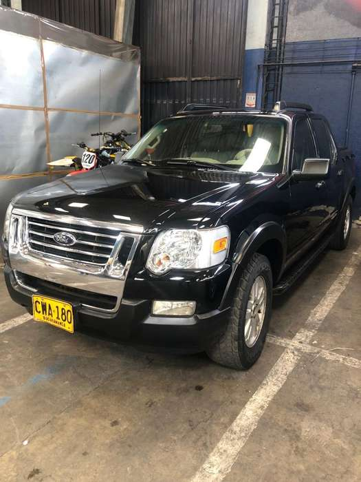 Ford Explorer 2007 - 117000 km