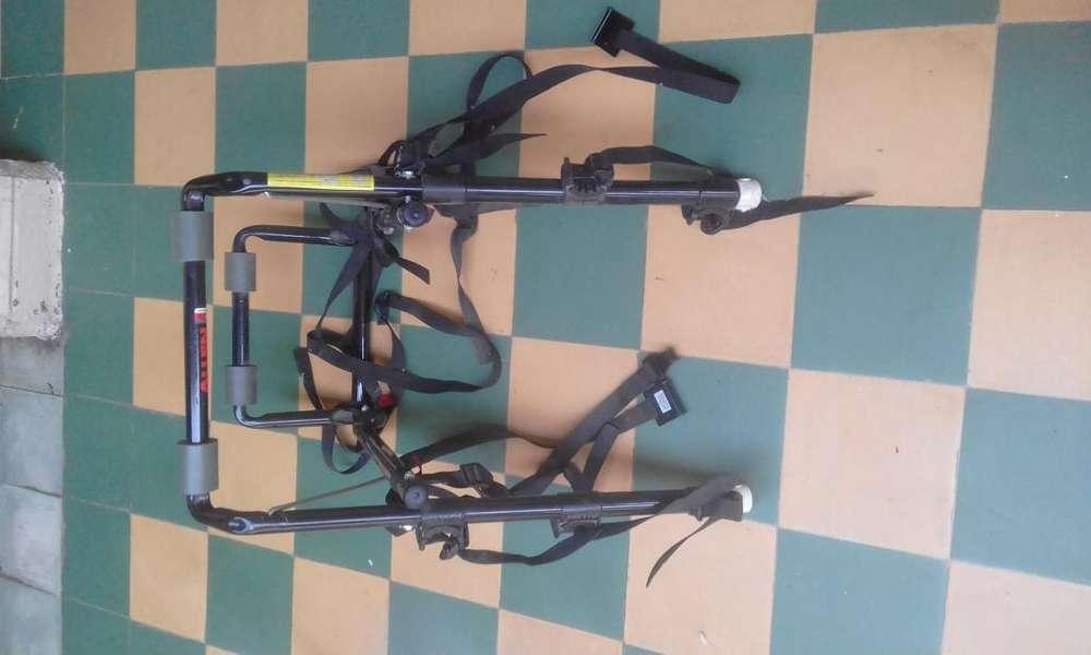 portabicicletas ALLEN capacidad para tres bicicletas