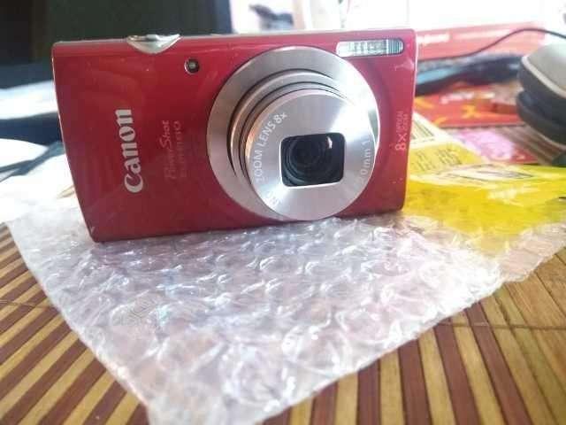 Cmara Canon buena resolucin Ntidas con su cargador 921633096 s130