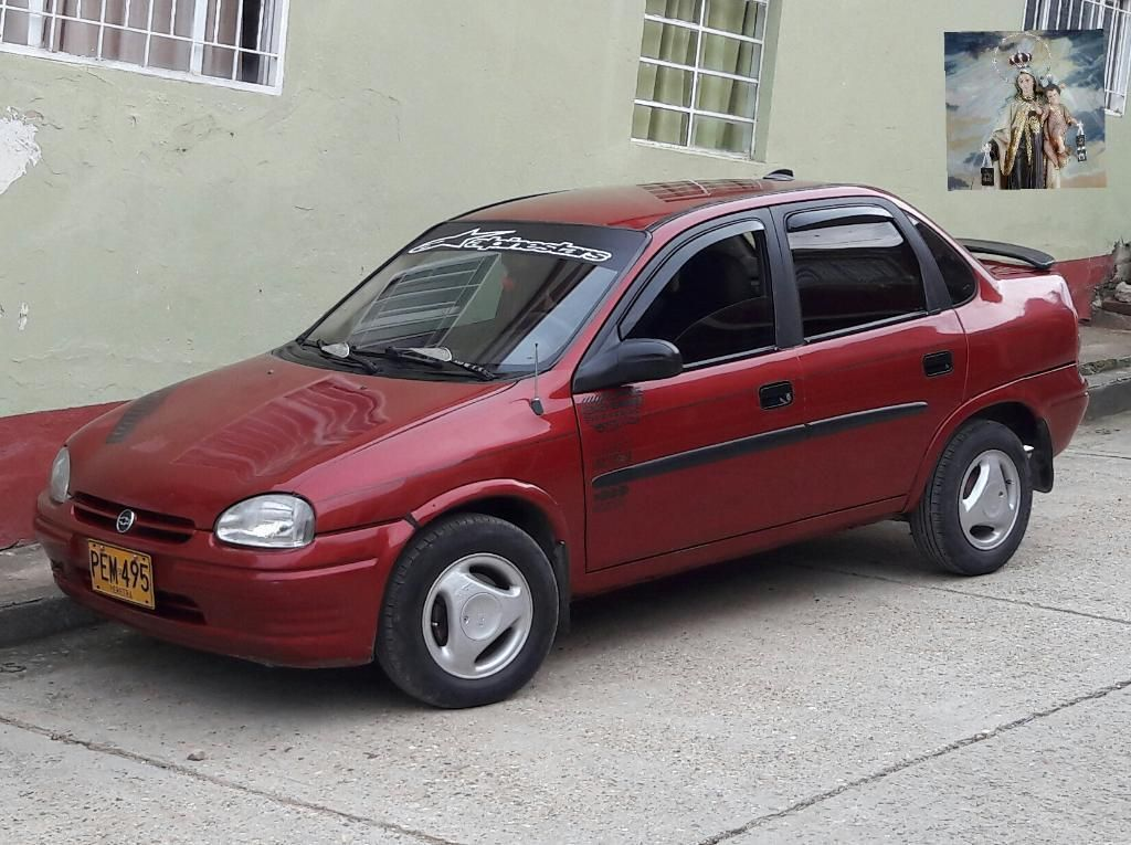 Corsa Sedan 98