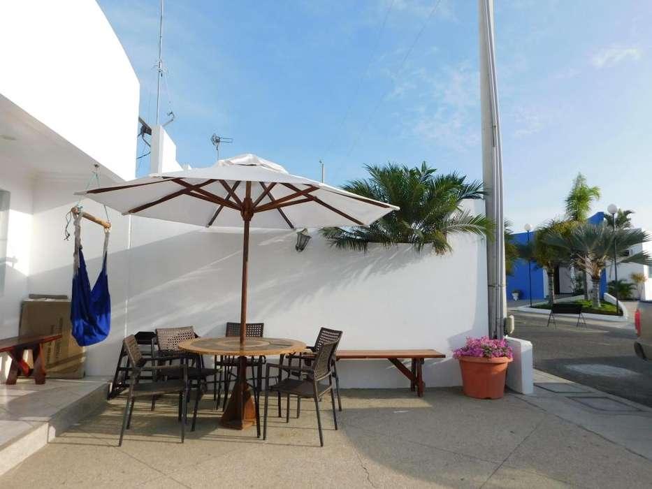 Excelente ubicación alquiler casa amoblada en Salinas playa y piscinas departamento villa