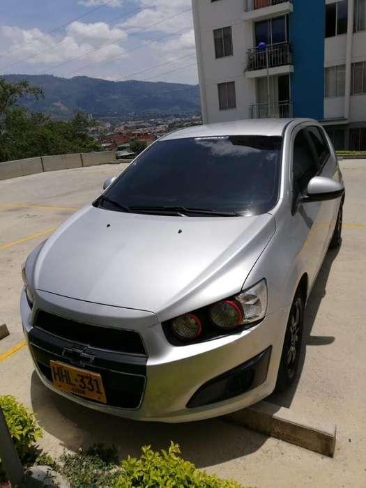Chevrolet Sonic 2013 - 62000 km