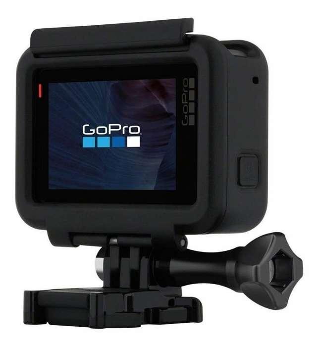 Vendo Gopro Hero 5 Black con Accesorios