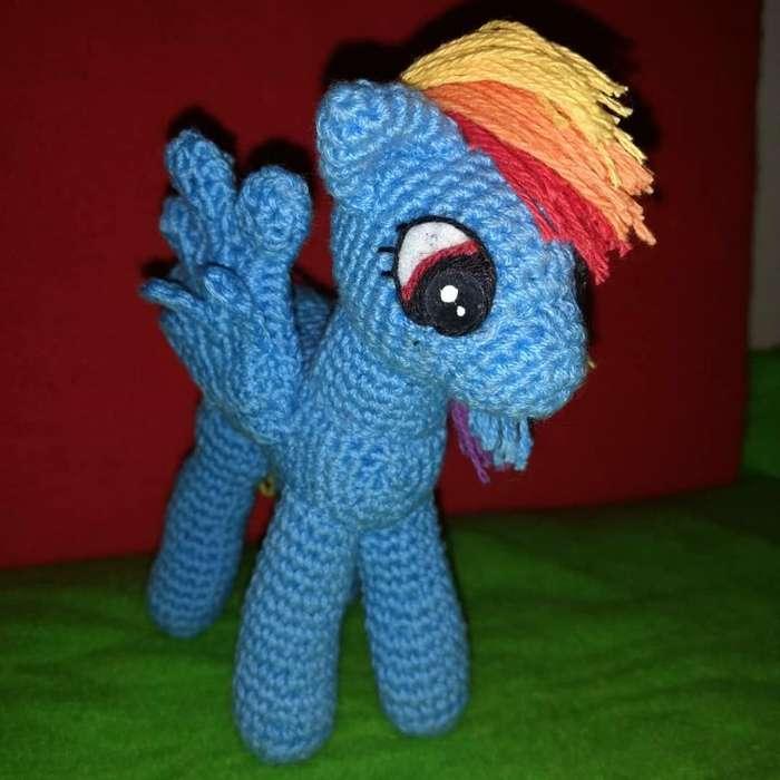 Pony Tejido a Crochet