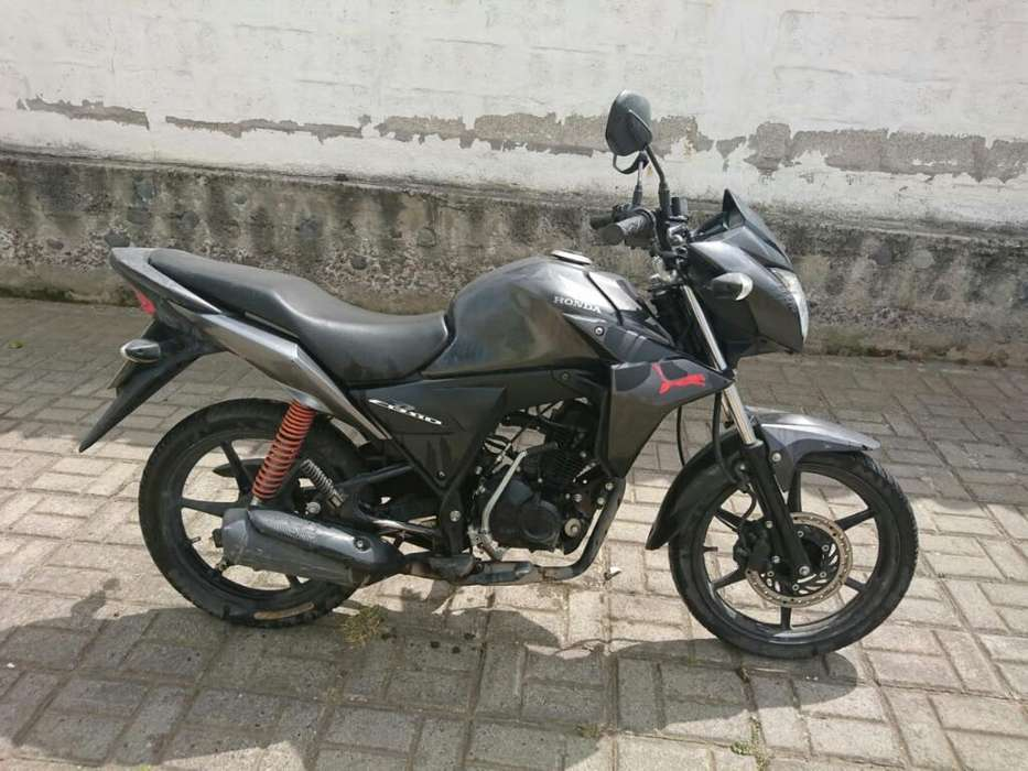 Vendo Moto <strong>honda</strong> 2014