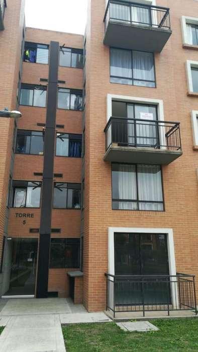 Rento apartamento 3 alcobas estrenar Madrid conjunto