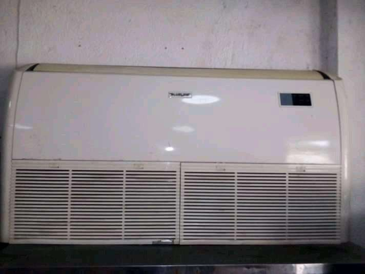 se vende aire de 36000 btu piso techo