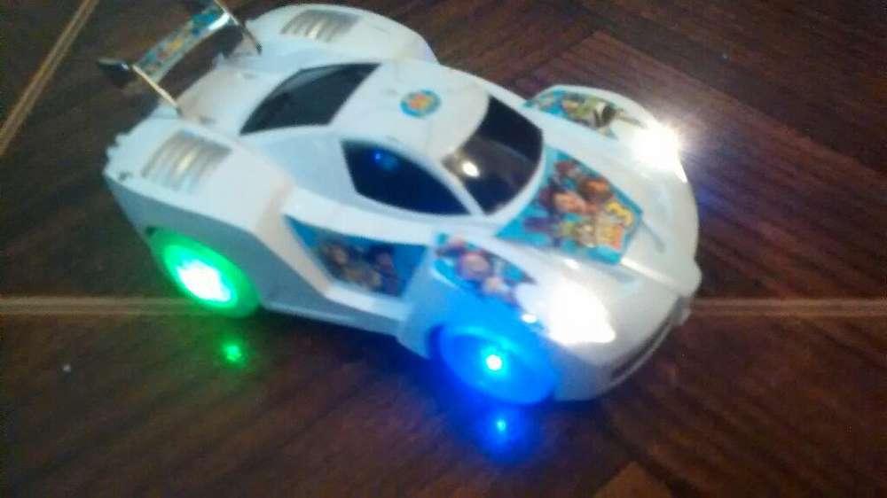 Auto Toystory 18cmsonid Luz Gira a Pilas