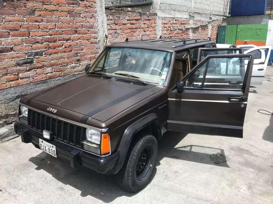 JEEP Cherokee 1987 - 233000 km
