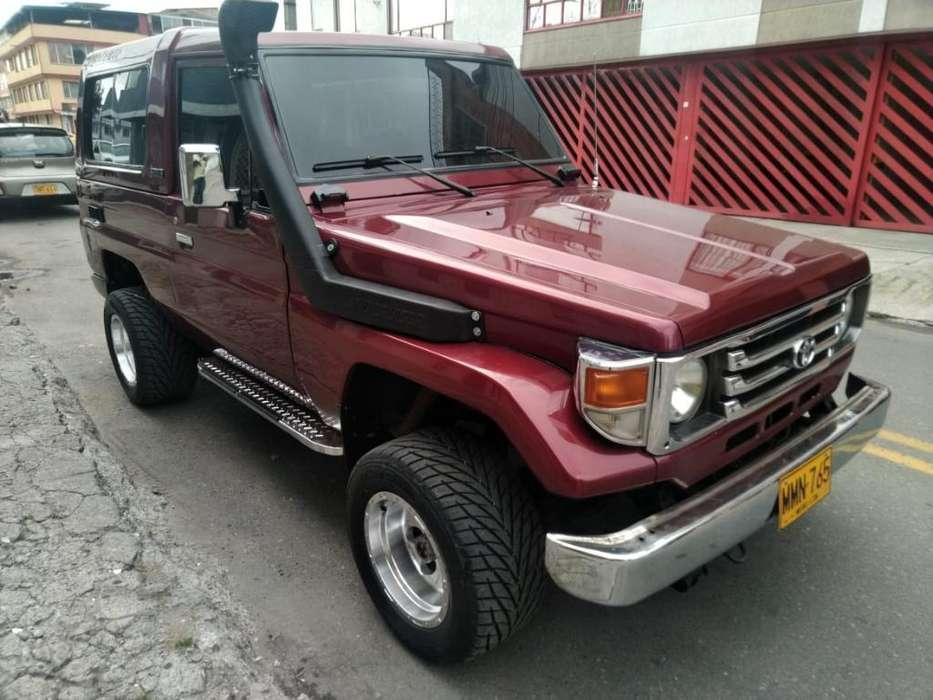 Toyota Land Cruiser 1999 - 200000 km